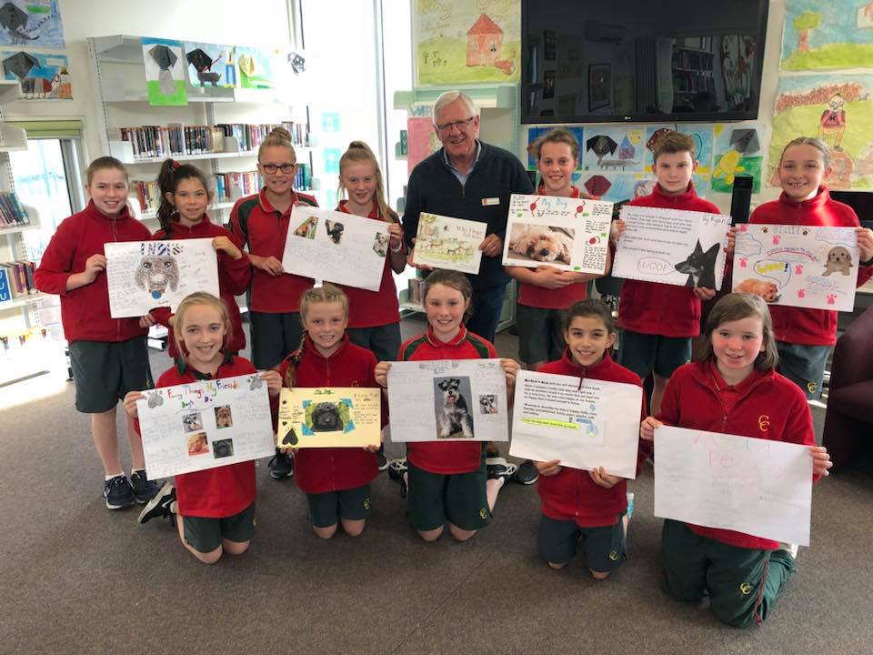 Author Grey Ray visiting a Primary School